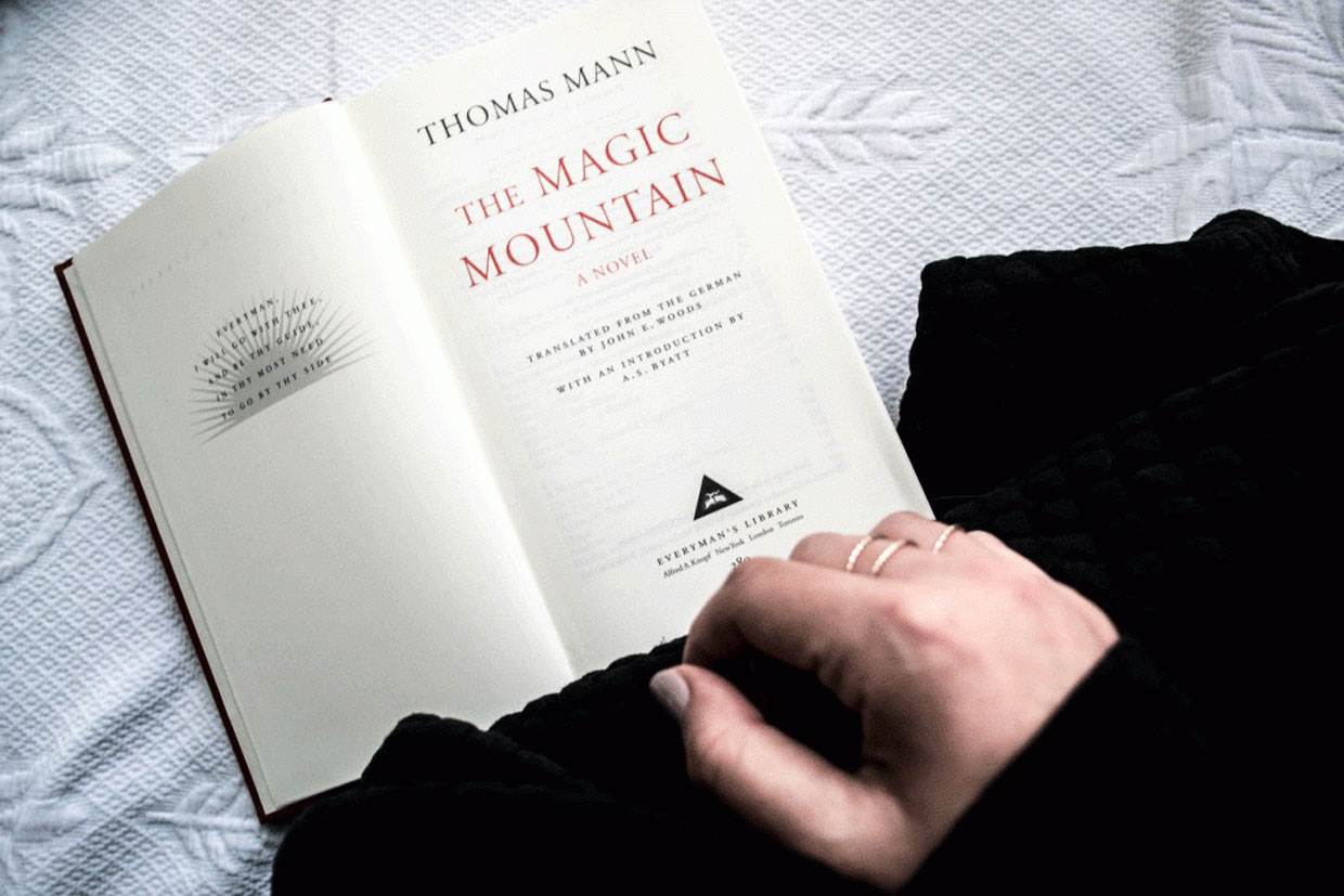 literary-inspired-fashion-the-magic-mountain-thomas-mann-1